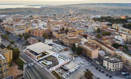 Între piață și acoperiș – Gara Matera Centrale