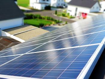 Proprietarii de case pot primi până la 15.000 de euro pentru eficientizarea energetică a imobilelor