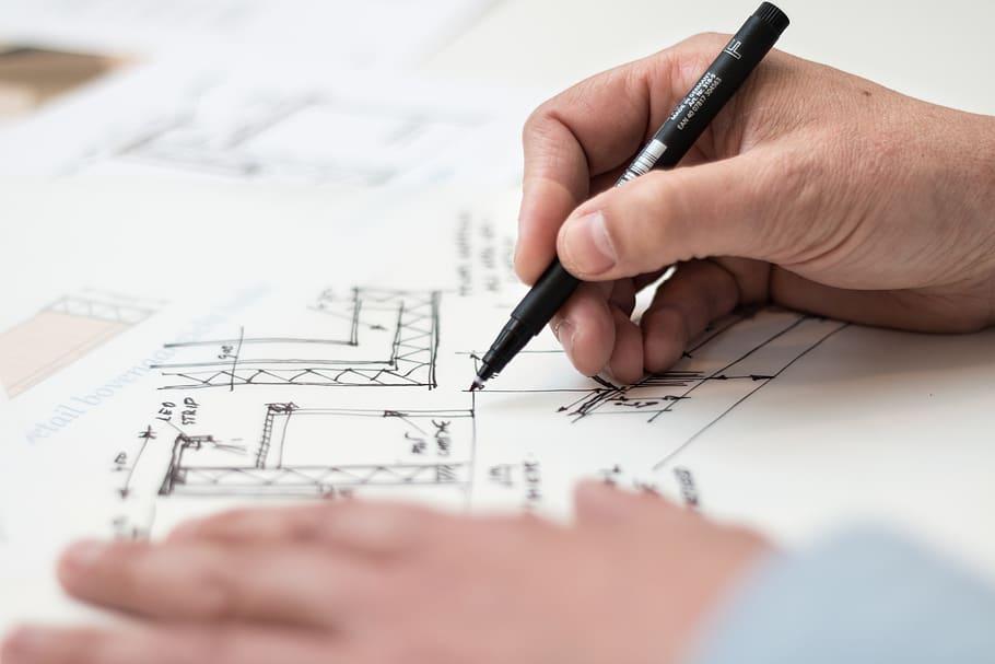 Funcţia de arhitect-şef va putea fi ocupată şi de persoanele cu profesia de inginer cu specializare inginerie economică în construcţii
