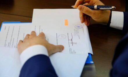 A fost promulgată legea care aduce modificări în autorizarea executării lucrărilor de construcţii