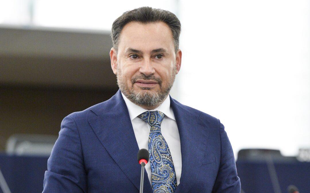 Europarlamentarul Gheorghe Falcă: România este liderul în UE la creşterea lucrărilor de construcţii