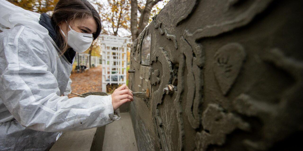 Cum se transformă cu ajutorul artiștilor trei fântâni publice din Timișoara