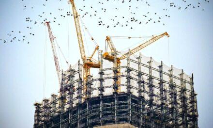 România, singura țară UE cu o creștere de două cifre a lucrărilor de construcții în luna octombrie