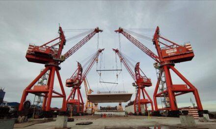Primele imagini cu modulele care vor forma calea de rulare a Podului peste Dunăre