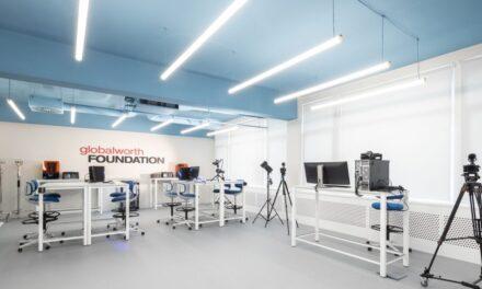 """Primul centru Hi-Tech la Universitatea de Arhitectură și Urbanism """"Ion Mincu"""", inaugurat de Fundația Globalworth"""