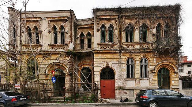 Stop distrugerilor, start conservării și restaurării patrimoniului!