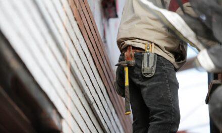 Buget de 2,2 miliarde de euro prin PNRR pentru renovarea clădirilor din România