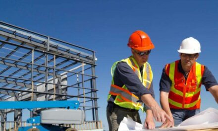 Constructorii evaluează posibilitatea suspendării temporare a derulării contractelor, în contextul escaladării prețurilor la materialele de construcții