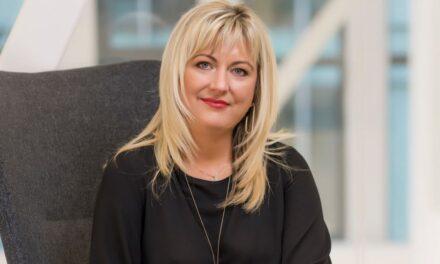 Noemi Ritea, VELUX: Lucrul de acasă a însemnat pentru mulți români amenajarea unui birou, unde să aibă liniștea și intimitatea necesare
